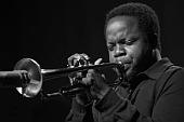 """TAZ: """"Die Liste wird immer länger"""" Der kalifornische Trompeter Ambrose Akinmusire kommt zum Jazzfest nach Berlin"""