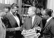 """""""Musikproduktionen aus dem Schwarzwald"""" Vor 50 Jahren etablierte das Label MPS eine neue Klangkultur im Jazz … wieder online …"""