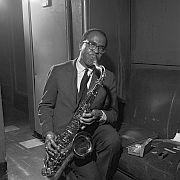 """Der Tenorsaxofonist Benny Golson """"Olymp der Jazzstandards""""  Von Henry Altman"""