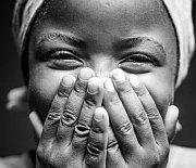 """Feature: """"Geld für die Welt"""" Ein Grundeinkommen für die Ärmsten Kenias"""
