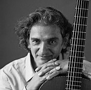 Gitarren-Zauberer: Ferenc Snétberger