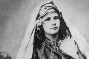 """Abenteurerinnen (3/4) """"Pionierin der Wüste"""" Die Wüstenreisende Isabelle Eberhardt"""