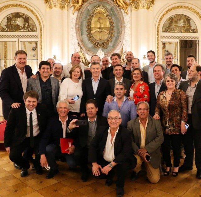 Intendentes y jefes comunales de la UCR cordobesa se reunieron con el Presidente Mauricio Macri.
