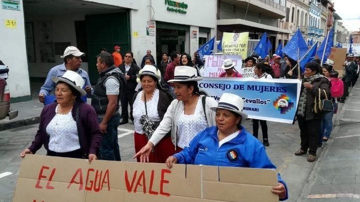 Mujeres de Kimsakocha, su lucha por el agua, la familia y la comunidad
