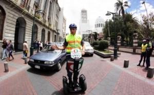 Diez vigilantes en Ambato son despedidos por indisciplina