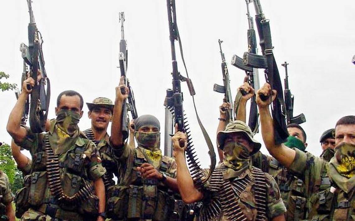 Paramilitares retienen y asesinan en Cacarica-Chocó mientras el gobierno desatiende el clamor de las comunidades - colombia-paramilitarismo-foto
