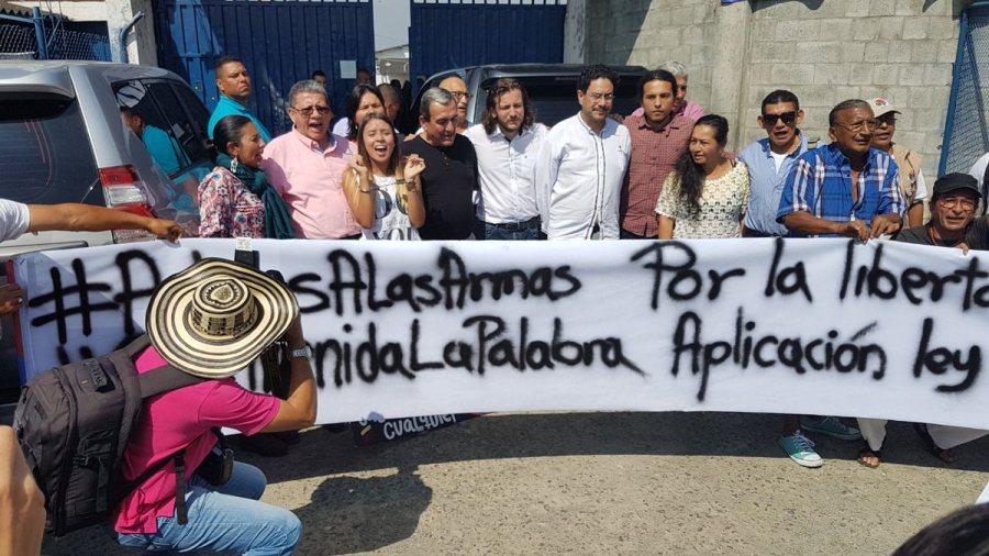 Verifican estado de prisioneros de las FARC heridos en Cali - Visita-Carcel-Villahermosa-FARC-Cali