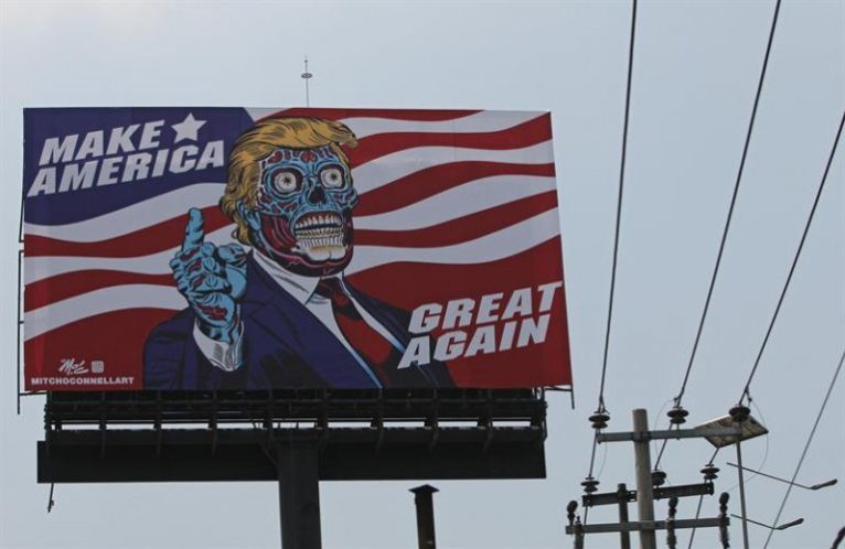 """""""Muchos no creen en los expertos. Eso les hace estar listos para la manipulación de los demagogos. Y Donald Trump lo es"""", declaró Gore. EFE/Mario Guzman"""