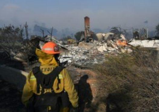California de nuevo afectada por un gigantesco incendio forestal - 32247317264405587967e33ee57f08e2b0f9ded5-300x211