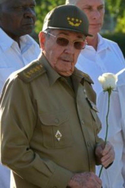 Masiva marcha cierra aniversario de muerte de Fidel Castro en Cuba - 4db9e872669eee44523483dcbb887b300d910689-200x300