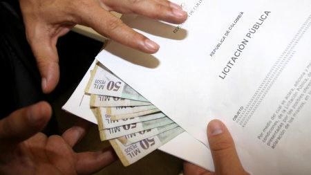 Corrupción no deja sanear finanzas públicas - dinero
