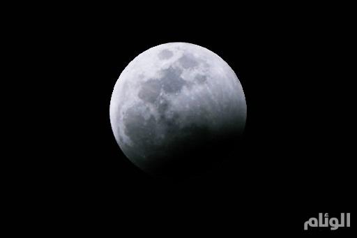 الاثنين القادم.. خسوف جزئي للقمر