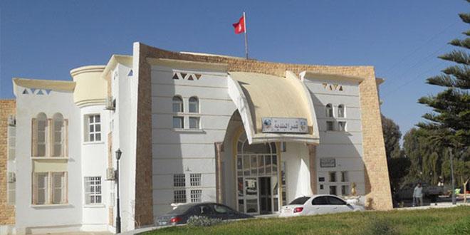 رئيس بلدية دوز يجيب عن تشكيات مواطني قرية الحسي