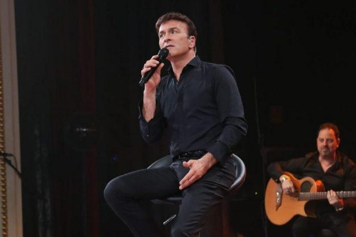 Concerto de Tony Carreira no Olympia marcado para janeiro de 2022