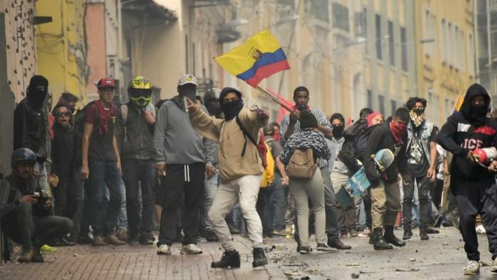 Resultado de imagen para Fotos de las protestas de ayer en el Ecuador