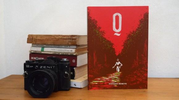 """""""Q"""": el hombre detrás del autor"""