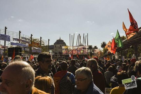Nuevos desafíos de los movimientos sindicales