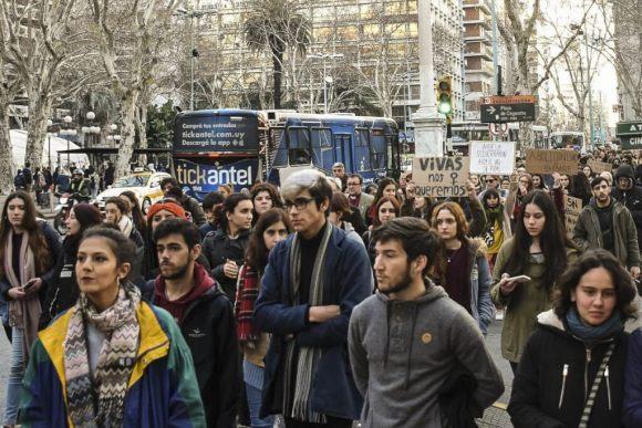 Primera marcha contra la trata de personas en Uruguay