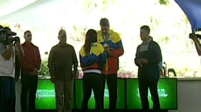 Bomberos forestales y guardaparques Condecorados con la orden Francisco de Miranda. (+MADURO)