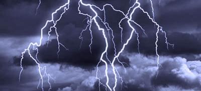 En pleine tempête - Philippe Laude