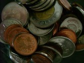 Pièces de monnaie lors d'une campagne de financement