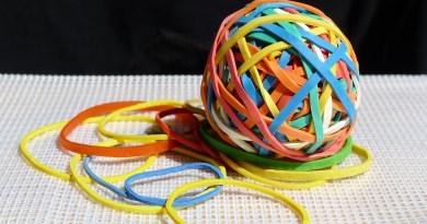 Une boule d'élastiques