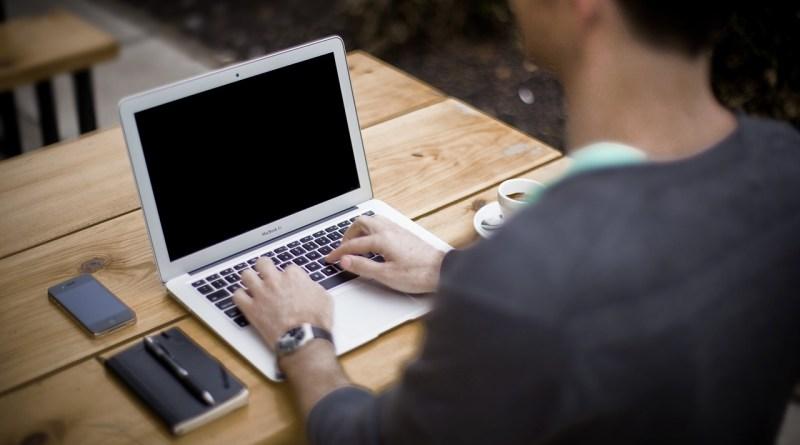De bonnes raisons pour une radio de tenir un blogue? En voici 13
