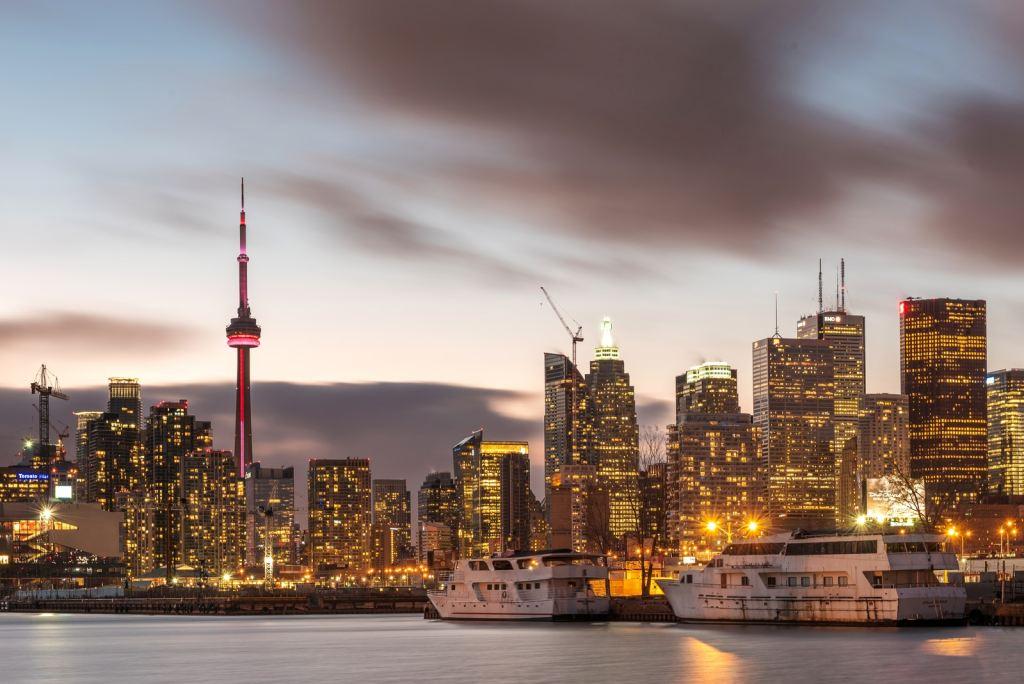 Toronto à la tombée du jour
