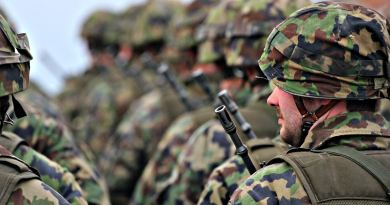Des militaires en rang