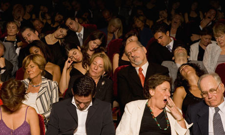 People-sleeping-in-theatr-007