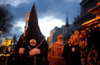 Penitents+Celebrate+Holy+Week+Madrid+Viernes+3TsKnGB_8Qul
