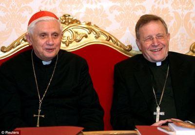 J. Ratzinger: Kasper è un dono prezioso per la Chiesa. Gli scismatici eretici orientali sono pastori nella Chiesa di Cristo