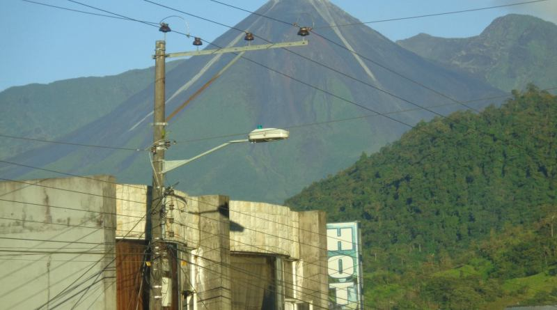 Volcán Reventador genera preocupación en Sucumbíos