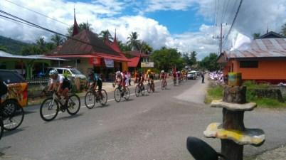 Tour-de-Singkarak-Etape-v-solok-selatan-8.jpg