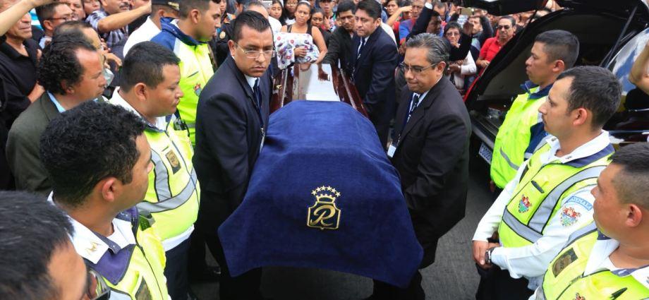 honras funebres del arzobispo Óscar Julio Vian