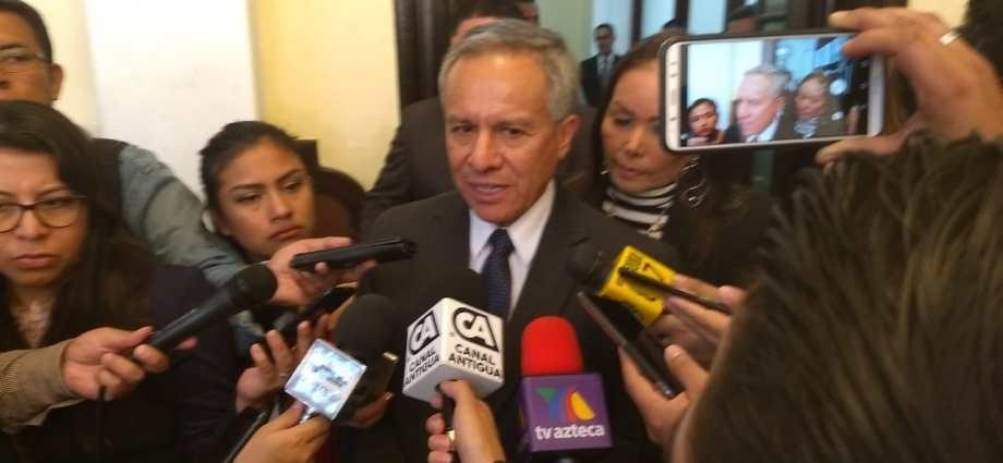 contralor general de cuentas en funciones, Fernando Fernández