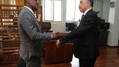 صورة المدير العام للإذاعة الجزائرية يستقبل رئيس إتحاد الإذاعات الإفريقية