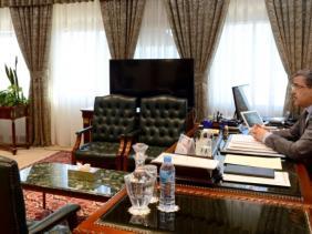 صورة اجتماع الحكومة يدرس سبعة مشاريع مراسيم تنفيذية تخص عدة قطاعات