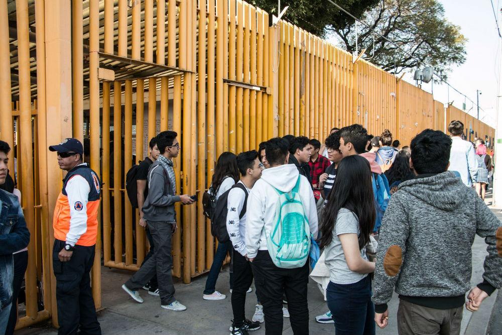 ENTREGAN PARISTAS INSTALACIONES DE LA PREPA 7 DE LA UNAM
