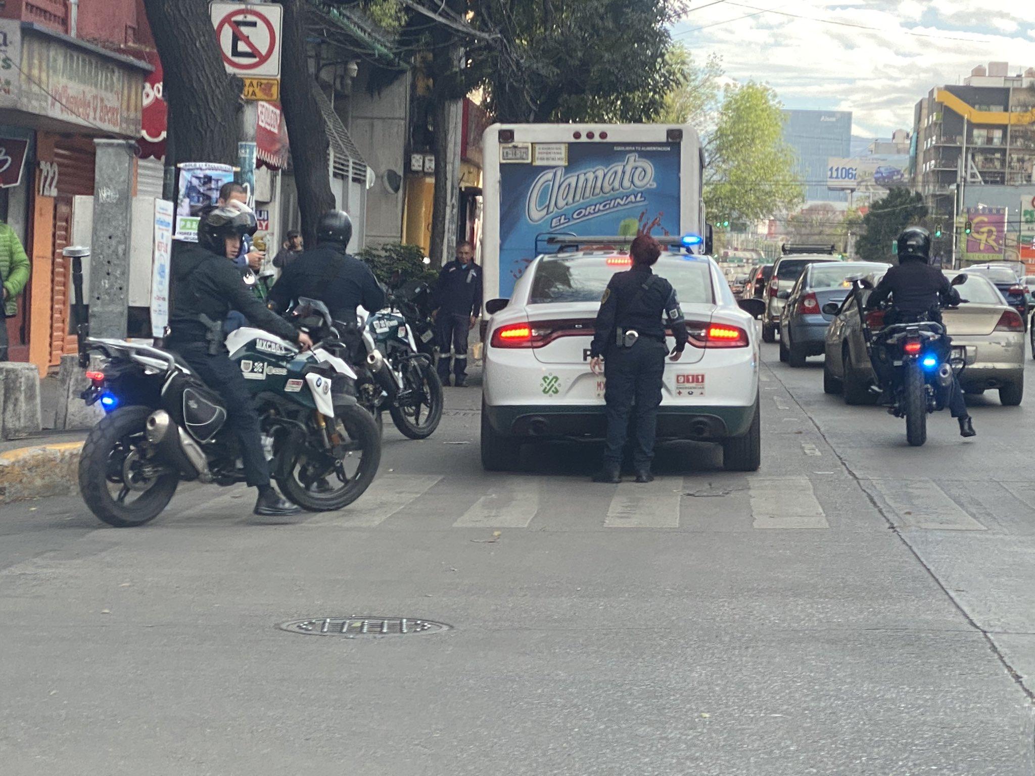 VIDEO: ALFREDO SALDÍVAR Y SU ESPOSA EMBARAZADA FUERON AGREDIDOS POR POLICÍAS