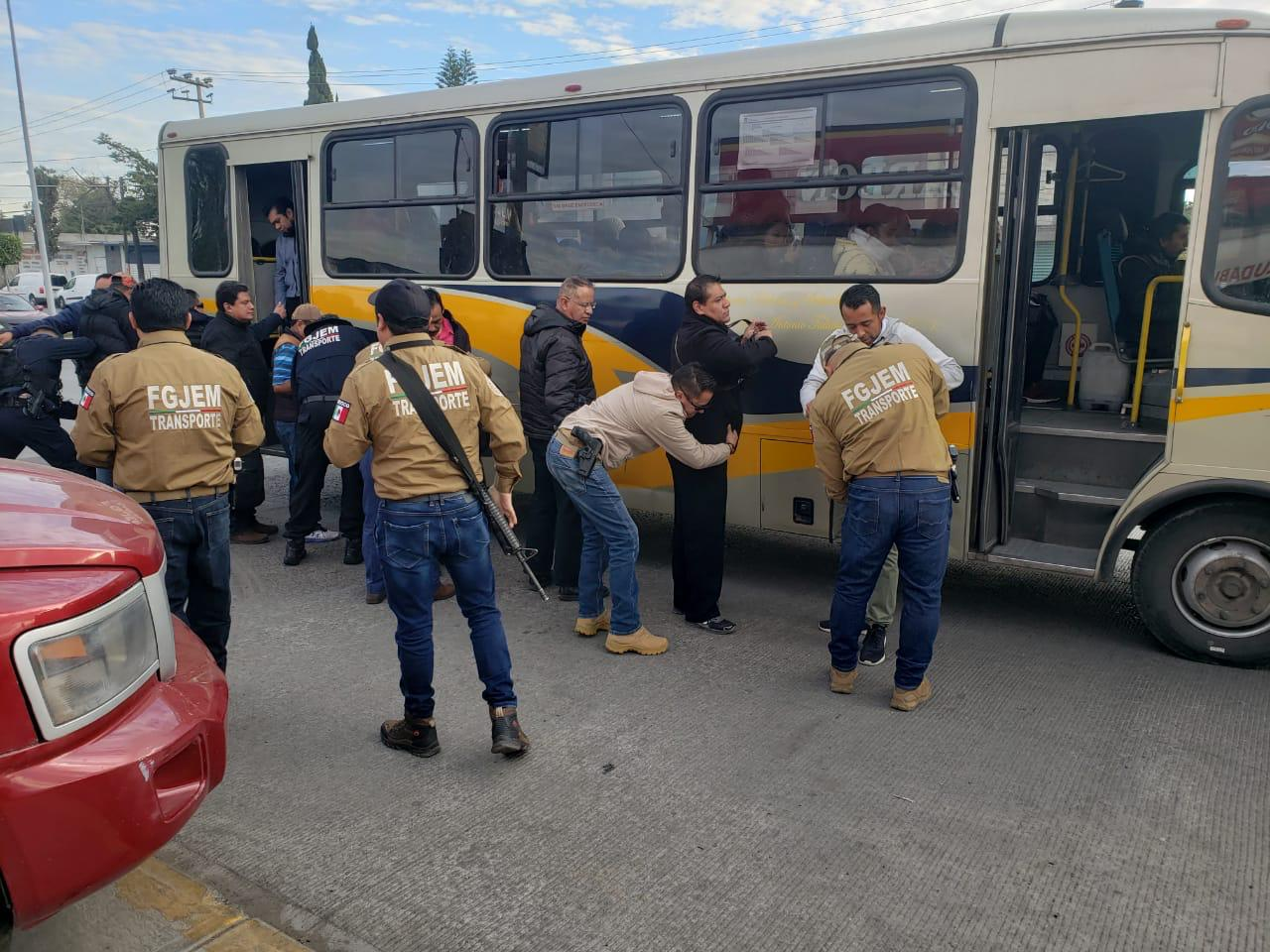 OPERATIVO RASTRILLO REALIZADO EN LOS MUNICIPIOS DE TULTITLÁN Y ZUMPANGO DEJA 33 PERSONAS DETENIDAS
