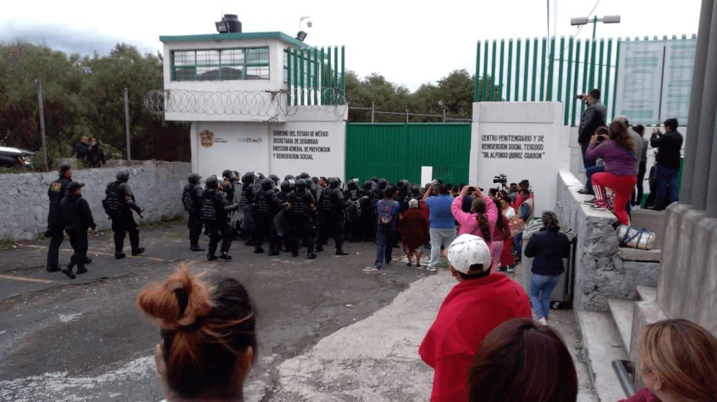 RIÑA EN EL CENTRO PREVENTIVO Y REINSERCIÓN SOCIAL DE TEXCOCO DEJA UN MUERTO