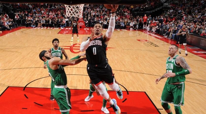 LOS ROCKETS DERROTAN A LOS CELTICS DE BOSTON EN LA NBA