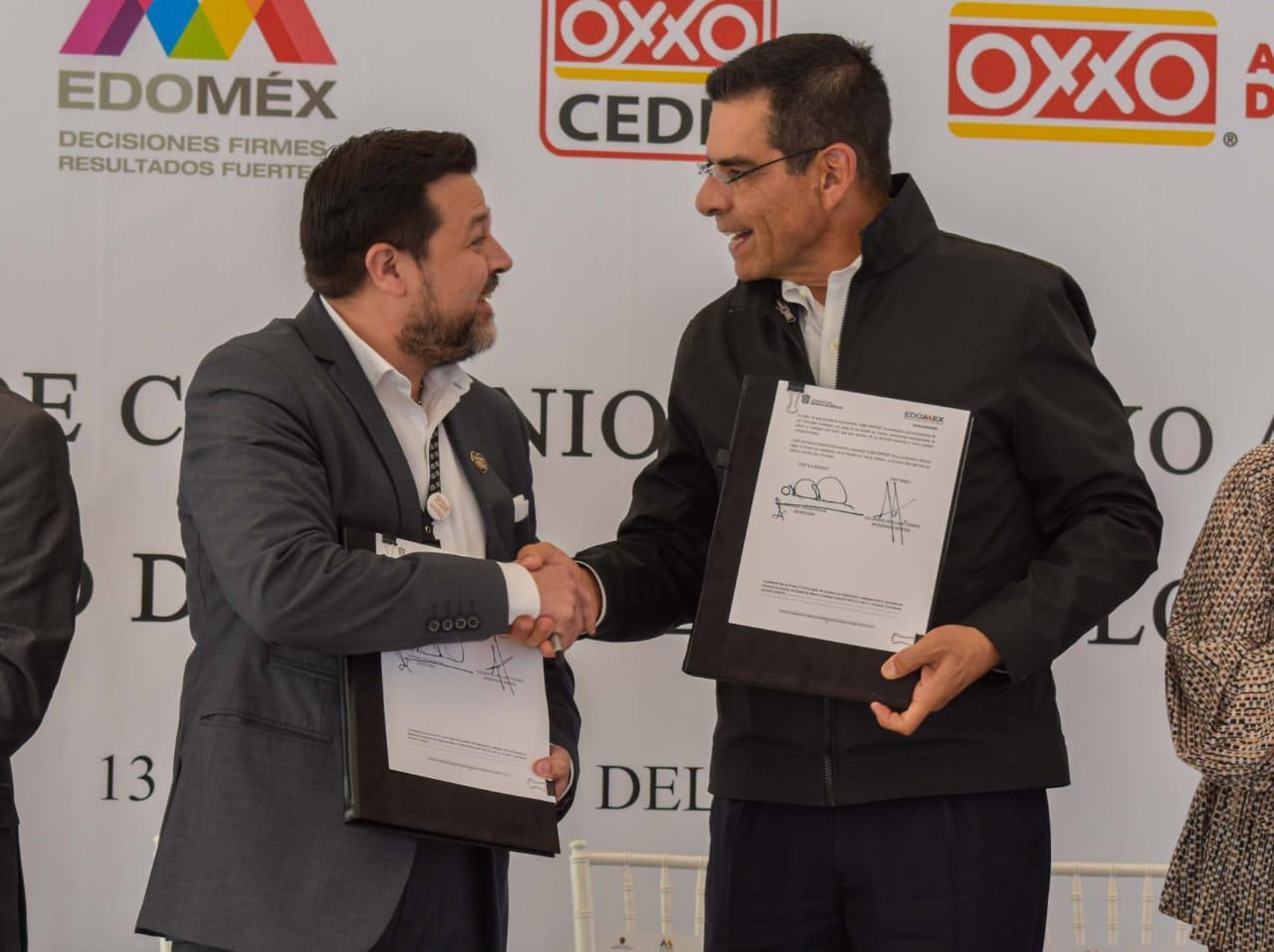 UNEN ESFUERZOS GEM Y GRUPO OXXO PARA COMERCIALIZAR PRODUCTOS MEXIQUENSES