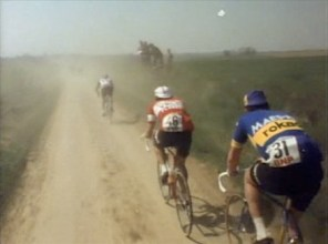 paris-roubaix-sunday-in-hell-1976-radpropaganda-dusty