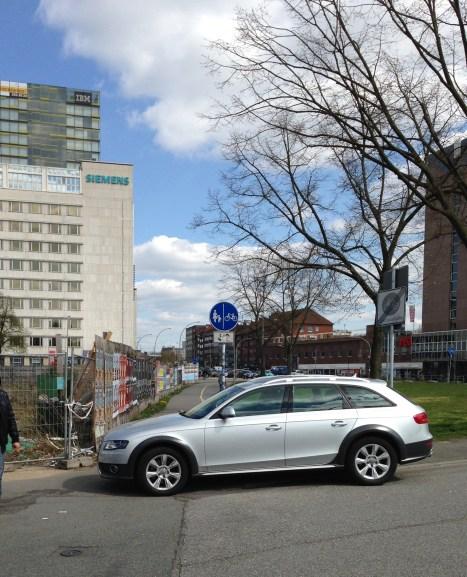 St. Georg -Adenauerallee ( Fahrradstraße)