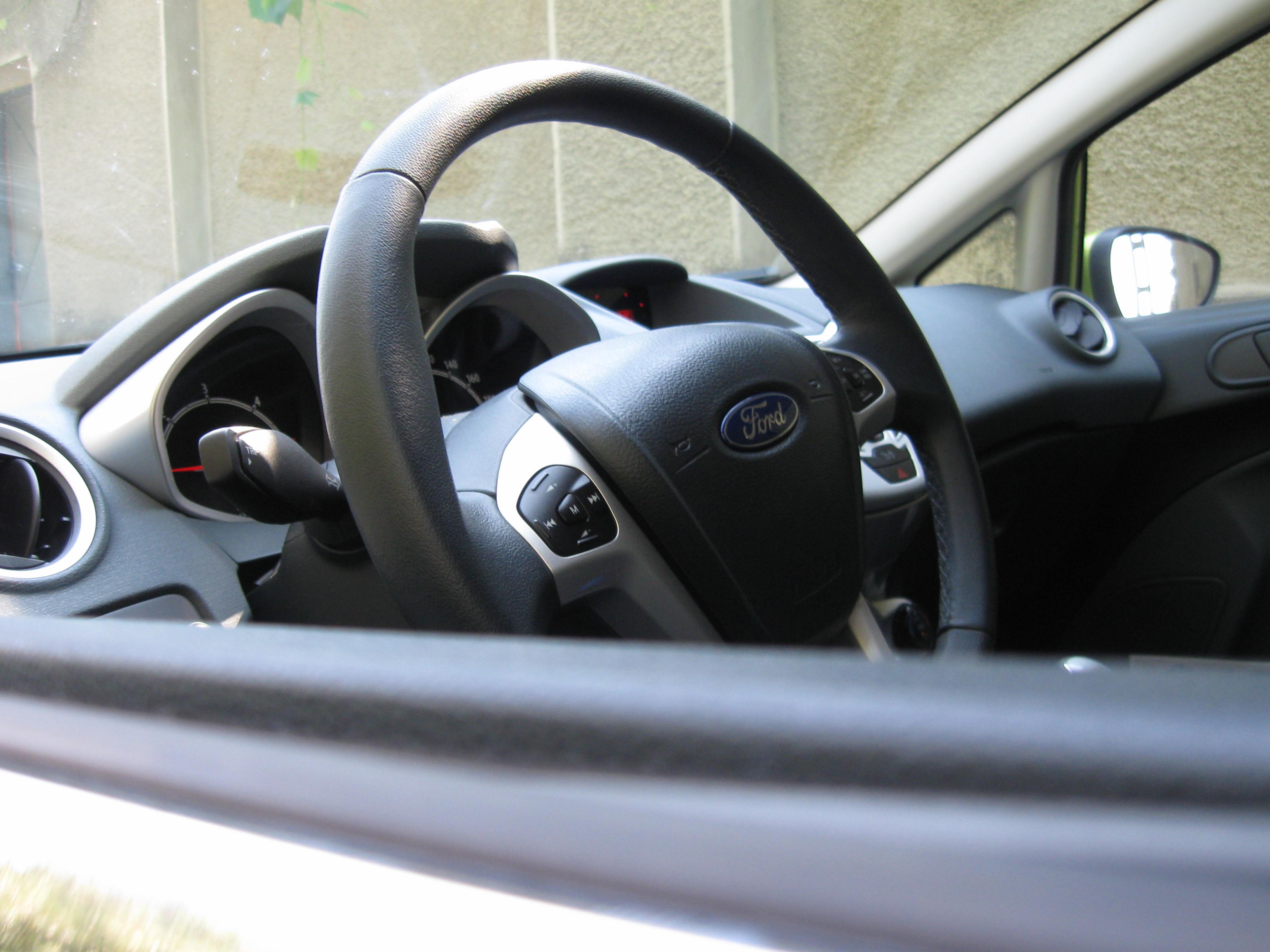 Ford Fiesta 2009 diesel (28)