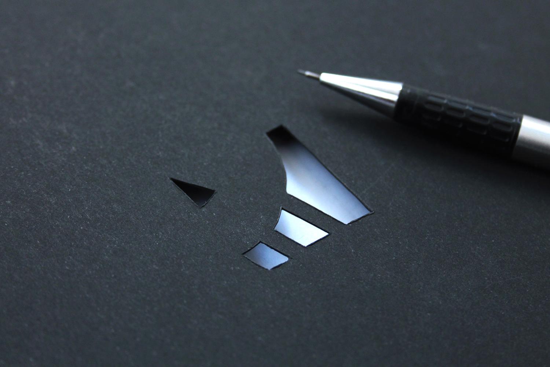 dot-grid-book-5-cutout-logo
