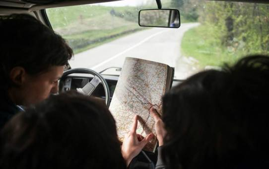On the road con il libro Genuino Clandestino