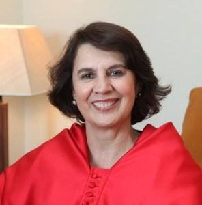 Rosalia Arteaga - educacion igualitaria entre sexos